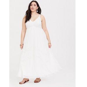 Torrid ivory chiffon and lace maxi dress Size 3